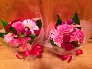 館長と近藤、お花を頂戴しました♡