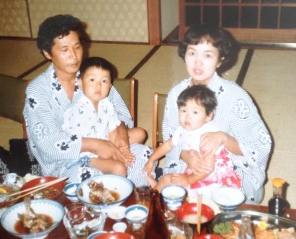 坂東真夕子 家族写真