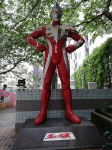 ウルトラマンマックス 巨大像