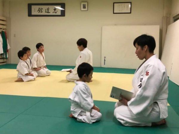 坂東 4歳の男の子 実語教を一緒に読む